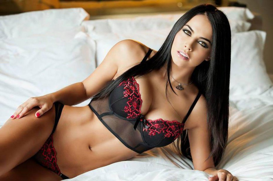 How to Book a High Profile Escort in Jamshedpur?